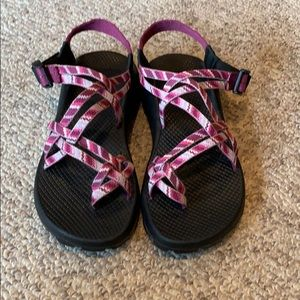 Chaco Burgundy pink ZX/3 H20 sport trail sandals 8